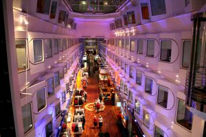 tlsilja_Promenade_ms_Silja_Serenade_and_ms_Silja_Symphony_1[1]